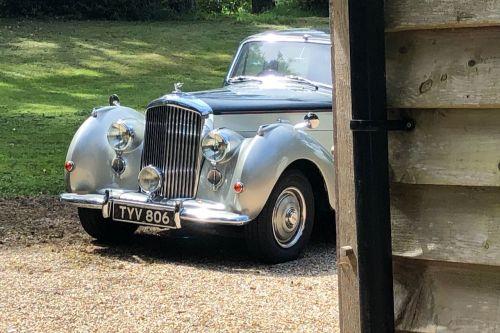 Bentley MkVII R Peek Leith